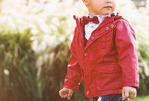 BABY BOY 6M-7 YRS - SS17 /  baby boy sono pronti per affronatre con stile le occasioni più formali, senza mai rinunciare al comfort! Polo a maniche lunghe, camicie, cardigan, giacche e gilet perfettamente abbinabili. Completano il look gli accessori in stile baby-dandy: papillon, cravatte, foulard e cappelli!