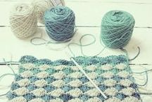 Stricken & Häkeln :: messing with wool / by Miriam ⊰ ars Lupae ⊱