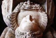 Tombs(Hrobky),Tombstone,Gravestone(náhrobky)