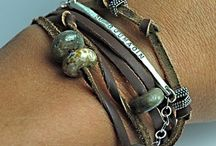 Jewelry / Bracelets, necklacets, earrings, rings