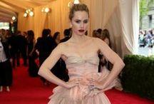 Met Gala 2014 / Te presentamos cómo fueron vestidas nuestras celebridades favoritas al Met Gala de este año. ¿Cuál te gustó más?  Fotos por NY Times