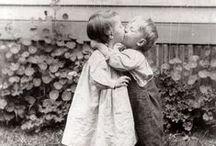 Beijo / Um beijo é um segredo que se diz na boca e não no ouvido. (Jean Rostand)