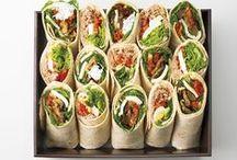 """A PARTAGER / Avec """"à partager"""", il y a plein d'occasions à partager au bureau, d'échanger de bons moments entre collègues... Faites-le autour d'un petit déjeuner, en grignotant des petits fours, des mini sandwichs, des grandes salades... La gourmandise, c'est meilleur à plusieurs !"""