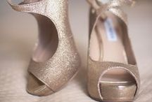 shoes and accesories for red dress / silver, nude, cream, beige, golg shoes and accesories for red dress