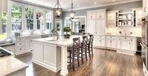 Eat, Drink & Be Merry / Beautiful kitchen decor ideas!