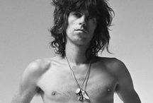 The Rollin' Stones / You got the sun, you got the moon, you got the air to breathe and you got the Rolling Stones.