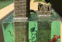 Miniatures & Dollhouses