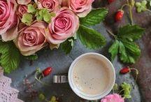 Kawa w stylizacji flat lay
