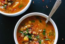 Soup + Salad Recipes / Recipes for healthy and easy broths, soups, chilis and stews Recipe ideas for different types of salads including pastas, chopped salads that are prefect for the different seasons like squash salads for fall and winter and berry salads for summer