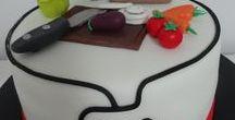 kuchar - chef cooking cake