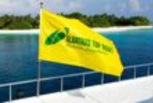 VACANZE INDIMENTICABILI: CROCIERE ALLE MALDIVE E NON SOLO... / Una passione maturata negli anni '80, data del nostro primo viaggio alle isole Maldive, nostro primo grande amore. Terra composta d'acqua ed acqua che sconfina nella terra; luogo in cui sopra e sotto la superficie i colori sono piu' intensi che in ogni altro luogo, i sorrisi delle persone piu' netti e splendenti, in contrasto con il nero intenso dei loro occhi, il verde della vegetazione in contrasto con il blu del cielo.