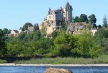 Canoe sur  la Dordogne / La descente de la #Dordogne en #canoë de Carsac à Beynac avec des clients qui séjournent au Hameau du Sentier des Sources à Sarlat.