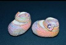 BEBE - ESCARPINES - TELA / zapatitos de bebe, palitos,crochet y tela