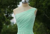 Wedding - Bridesmaids Dresses / Collection of possible bridesmaids dresses / by Macie Hummer