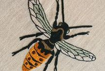 Embroidery - Stitching - Broderie / I have absolutely no idea of how to stitch but I find it so pretty! --- Je trouve que la broderie c'est délicieux à regarder, même si je n'ai aucune capacité en la matière !