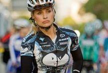 Girls do it too / Cycling girls
