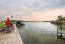 Lakeside Living / Lakefront/Lake View Properties