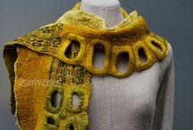 F e l t  wraps, scarves, collars