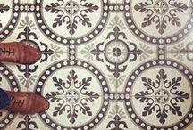wall paper / tiles / fabrics