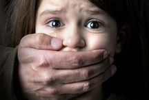 ♥️ Kids body safety / Body safety is important to cover! It is never to early to start teaching your children how to avoid sexual abuse. Read these great articles on how and what to tell your children. For more parenting tips visit AnxiousToddlers.com
