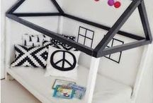 ♥️ Kids home decor / These are cool rooms and ideas from around the web. Rooms with beautiful designs, creative decorating ideas and unique features are included. For more parenting tips visit Anxioustoddlers.com