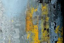 Textures / When surface texture and layers are the main story