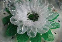 Wstążeczkowe kwiaty