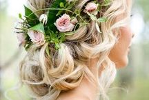 Wedding Hairstyles / Beautiful and feminine looks, updos, and braids to complete your style on your special wedding day. Curly, beachy waves, boho, romantic, classic, and vintage for short, medium or long hair. Look gorgeous, feel gorgeous.