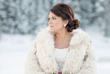 Winter Weddings / Winter wedding inspiration to making an elegantly cozy wedding ceremony and reception with friends and family. Beautiful winter flower arrangements, cozy centerpieces and table settings. Be inspired on every detail for a perfect day.