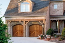 Wood Carriage House Garage Doors / Amarr offers three collections of hand-crafted wood carriage house garage doors that provide timeless beauty and value for your home. Create unlimited custom designs with the Amarr by Design Collection, or choose from designs inspired by the heritage of the Biltmore Estate® and the artistry of noted painter and furniture designer Bob Timberlake™.