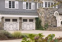 Enhance Curb Appeal with a Two-Tone Garage Door / Homeowners have more options than ever with the 42 two-tone color combinations available in the Amarr Classica Collection. The two-tone paint combinations provide significant added color dimension for those who want a unique look to fit the color and style of their home.