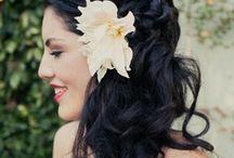 Coiffure mariée cheveux long... ...  / De beaux cheveux, une jolie coiffure... / by Caroline