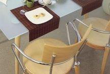 Krzesła do kuchni / W kuchni, tak samo jak w każdym innym pomieszczeniu, krzesła powinny współgrać z aranżacją. Wybór na szczęście jest tak duży, że niezależnie od tego, czy zdecydujemy się na krzesła barowe, taborety, krzesła drewniane czy obite tkaniną, z pewnością znajdziemy takie, które będą idealnie pasować do wnętrza http://bit.ly/1v2RQbT.
