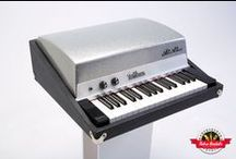 Fender Rhodes Piano Bass - Retro Rentals / Popularized by The Doors, the Fender Rhodes Piano Bass features 32 notes from the bass register of a Rhodes piano. It's perfect for when you're handling a bass player's part or just in need of a robust bottom end. Bass lines never sounded so good, especially in conjunction with other keyboards like a Vox Continental.