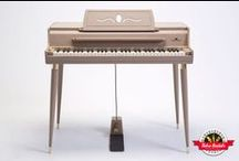 1964 Wurlitzer 140b - Retro Rentals / This Wurlitzer 140b has barely been touched over its decades of life, and the 140b is by far an under-appreciated Wurlitzer model!  Without a doubt, this piano has the pinnacle of tone and production quality that many agree often trumps any 200 model.  Fantastic vibrato, luscious tone and unbelievable Wurly soul.  If you haven't played a 140b in your life, you are completely missing out!