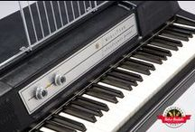 Wurlitzer 200a - Retro Rentals / The perfect example of a stock Wurlitzer electric piano, the 200 / 200a models are the industry standard when you need the classic Wurlitzer sound. Always in tune, always spot on, nothing emulates the true bite and tone of a Wurly!