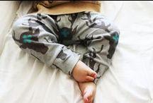 Dziecko. Spodnie, skarpetki, rajstopki. / Moda dla dzieci od pasa w DÓŁ! Spodnie.  Leginsy.  Spódnice.  Rajstopki.  Skarpetki.
