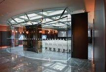 Fondazione Cassa di Risparmio - Cuneo, Italia / Office Design | Office Interiors | Workspace Design | Workspace Interiors | Conference Room