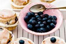 Letnie ciasta i desery/Summer desserts / Lato to czas przeróżnych owoców. Warto to wykorzystać i przygotować wyśmienite owocowe desery i ciasta.