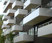 Den Haag, Het podium / Nieuwbouw. Achteraf montage van betonnen balkons