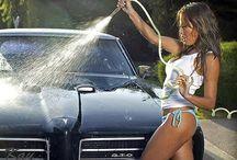 Bikini Babe Car Wash / Bikini car wash