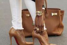 περπατώντας, κρατώντας! / Fashion!