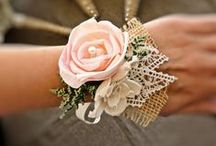 corsages!  / very beautiful and I think not only for weddings!