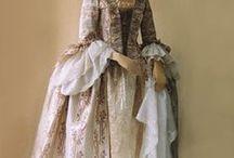 engelsk mote 1850-1900 / Dagligkjoler, ballkjoler,aftenkjoler , hatter og utstyr