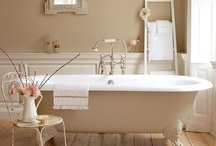Bathrooms / by Ann Rawlings