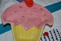 Cakes, Cupcakes & Ice Cream Things to make, Cake Pans, Plates, Utensils  / Cake, Cupcakes and Bars