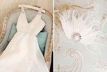 WEDDING - DRESSES / Inspirações para vestidos, cabelo, daminhas e pajens, maquiagem, madrinhas... / by Joana Abreu