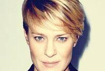 Love the hair... / Model is mooi, kleur niet