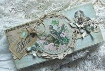 boxes / pill cases, snuff boxes, tins, jewelry boxes, trinket boxes, treasury boxes,