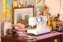 Studio and workspace / Craft and sewing studio.  Workplace organization.